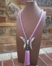 Collana artigianale con farfalla e pendente rosa